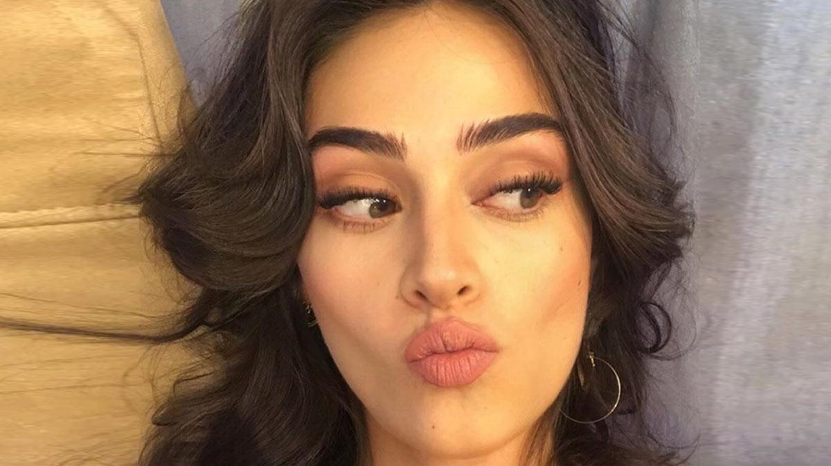 Esra Bilgiç is Turkey's one of the most gorgeous actresses
