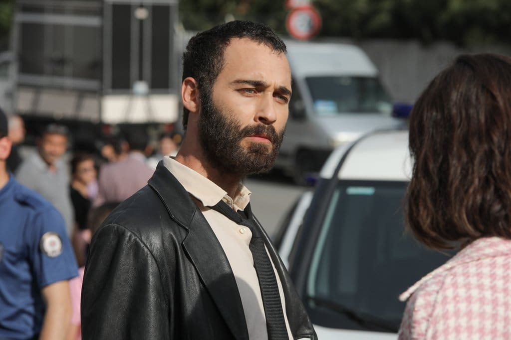 The handsome Turkish actor Seçkin Özdemir acted as Şahin Kara