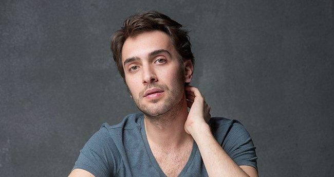 Ulaş Tuna Astepe: The Speedy Improvement in Actor's Career
