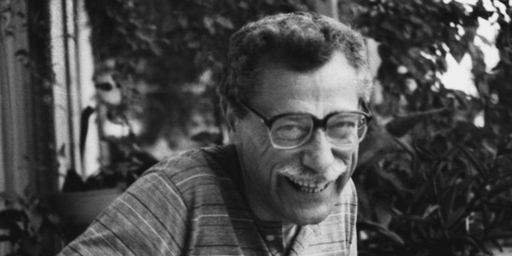 Bilge Karasu is a modernist Turkish writer