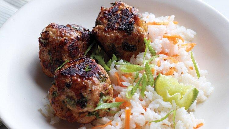 Sömelek Meatballs is one of the most famous Turkish meatballs of Kahramanmaraş