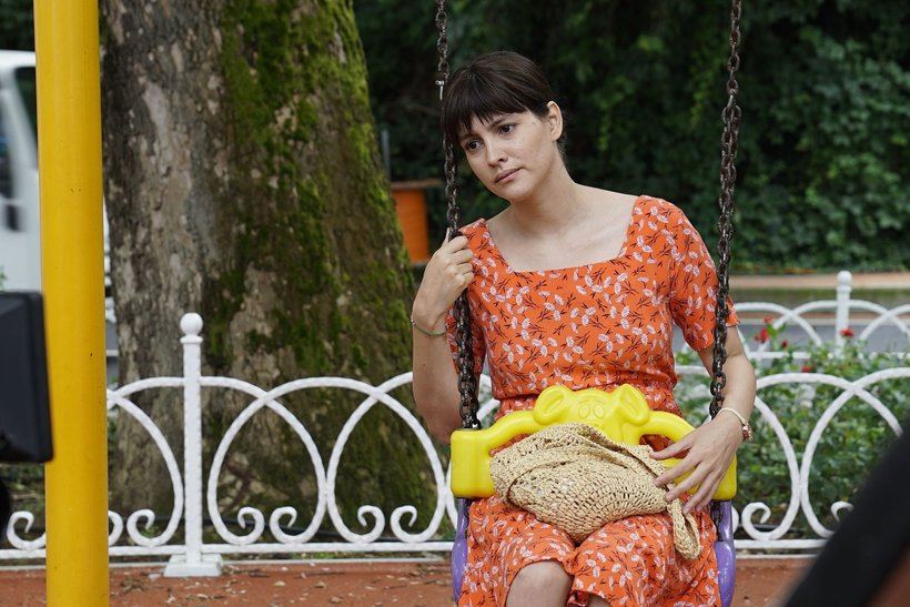 The beautiful Turkish actress Leyla Feray is acting as Neva