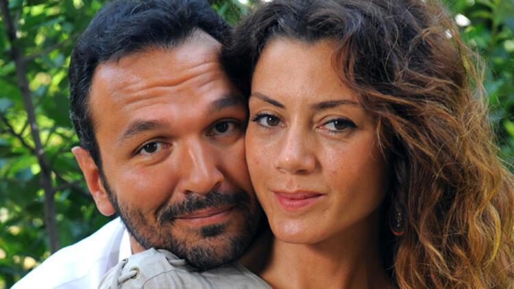 Gökçe Bahadır married actor Ali Sunal, son of the legendary actor of Turkish cinema, Kemal Sunal, on July 22, 2011