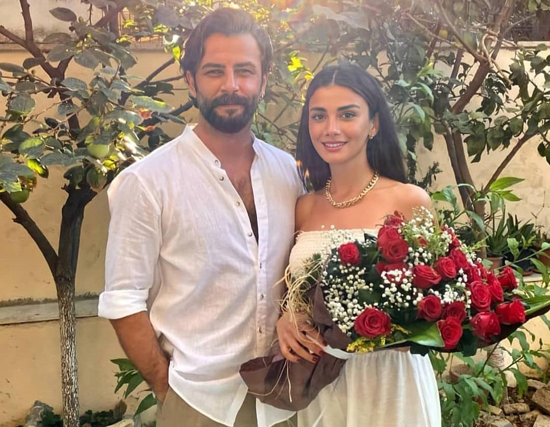 Gokberk Demirci and Ozge Yagiz are on the eve of marriage