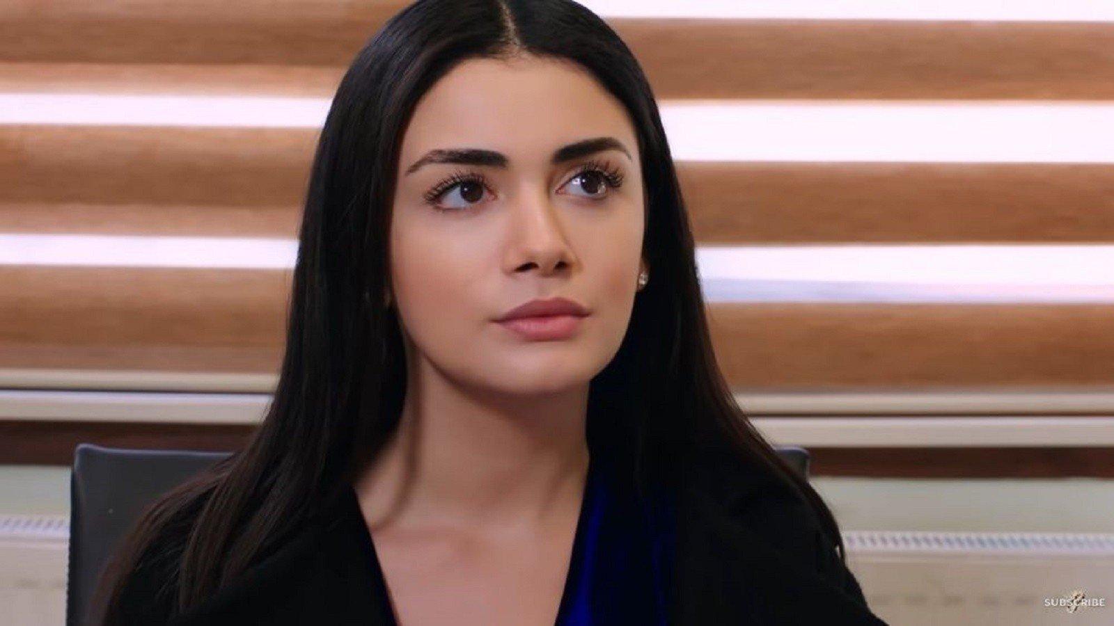 Ozge Yagiz as Reyhan in Yemin (The Oath)