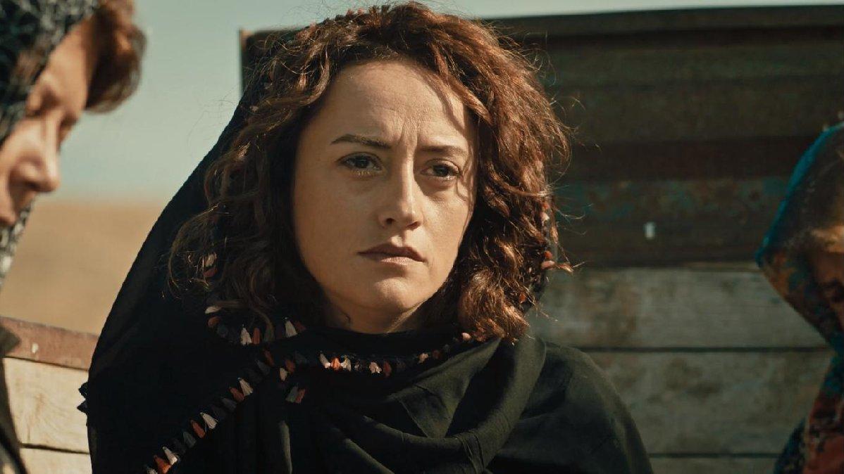 The handsome Turkish actor further took acting classes from the Turkish actress Esra Kızıldoğan
