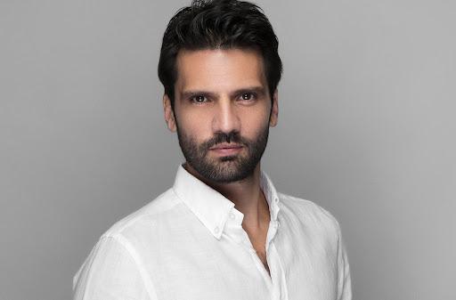 40-Year-Old Turkish Actor Kaan Urgancioglu to Challenge Years