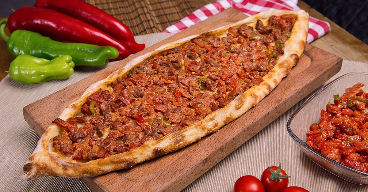 Turkish pide and its numerous varieties are one of the many tasty members of the world-famous Turkish cuisine