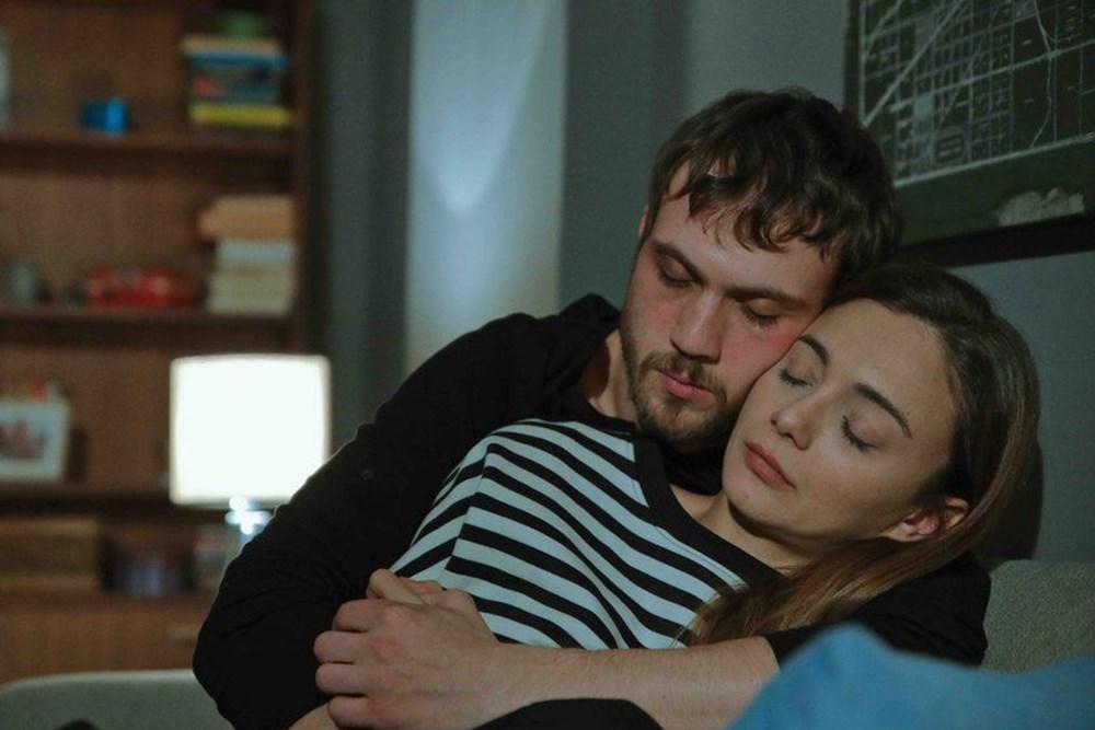Aras Bulut Iynemli and Damla Sonmez had made a great couple in Cukur (The Pit)